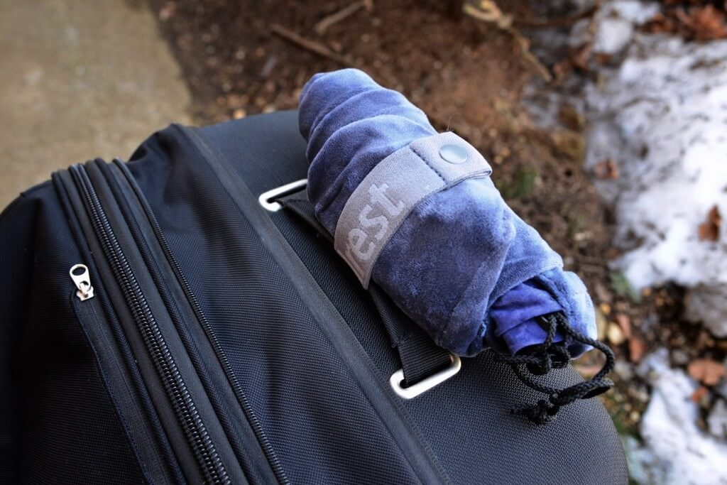 travelrest pillow rolled up