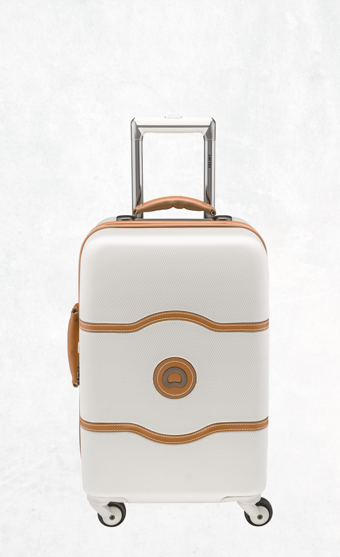 Delsey Chatelet in white