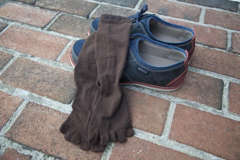 Injinji toe socks + Ahnu Parksides