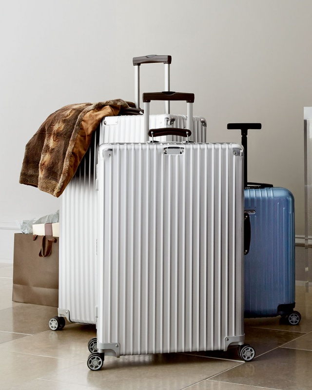 stylish luggage 21 luggage picks for fashionable travelers. Black Bedroom Furniture Sets. Home Design Ideas
