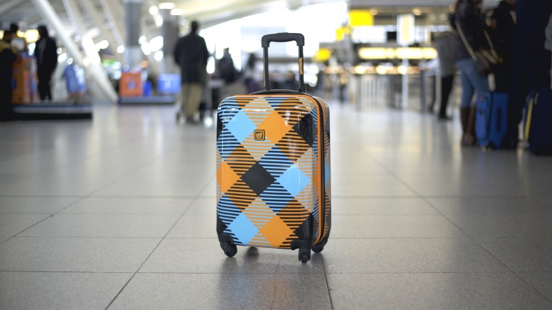 Loudmouth Luggage Review: A rule defying carry on