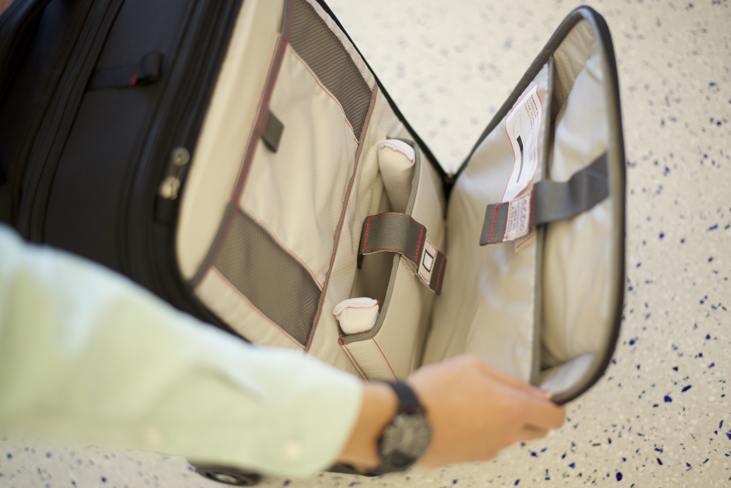 Front laptop compartment