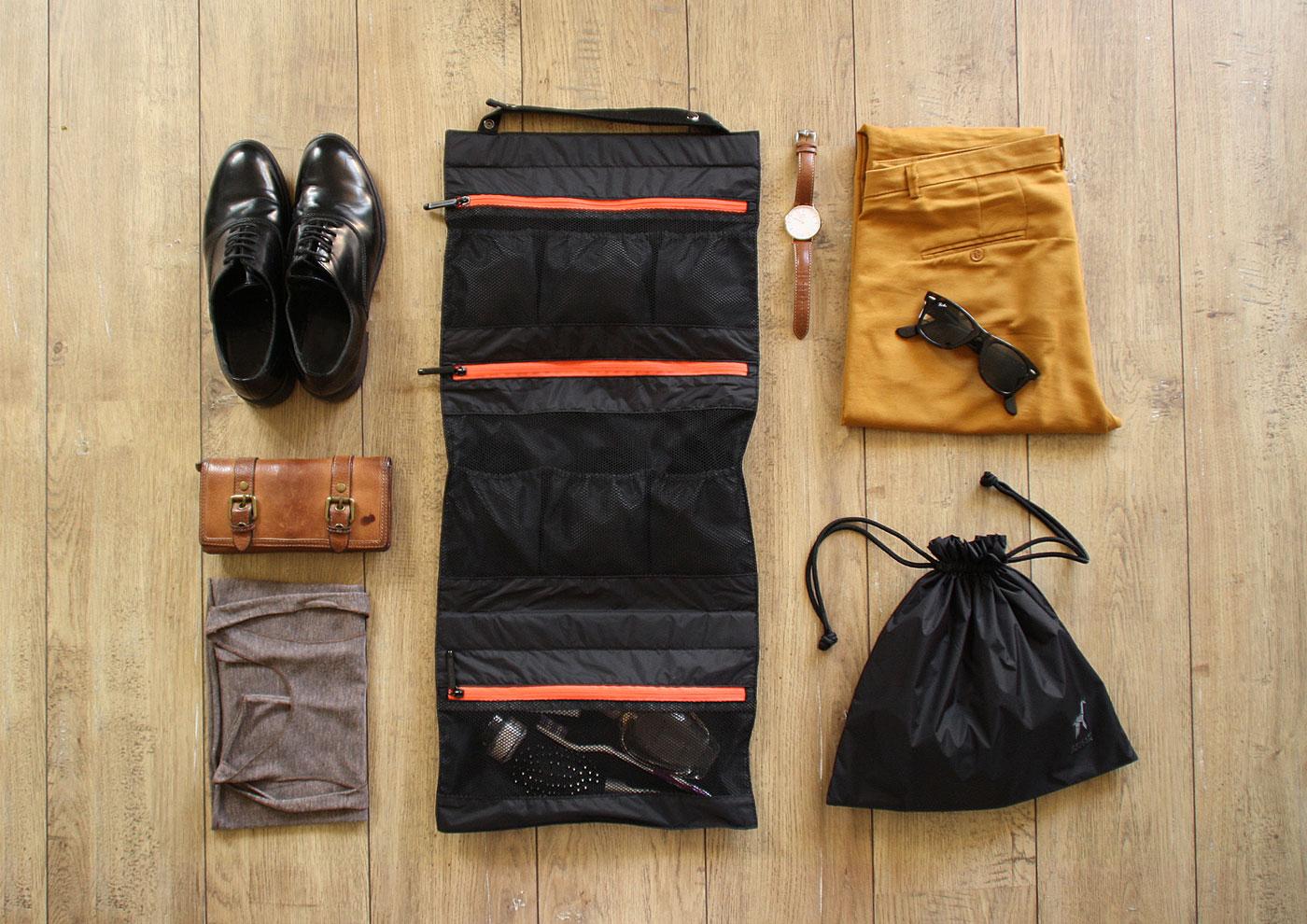 The Origami Unicorn organizer also comes in black, great for men. Photo courtesy of Origami Unicorn