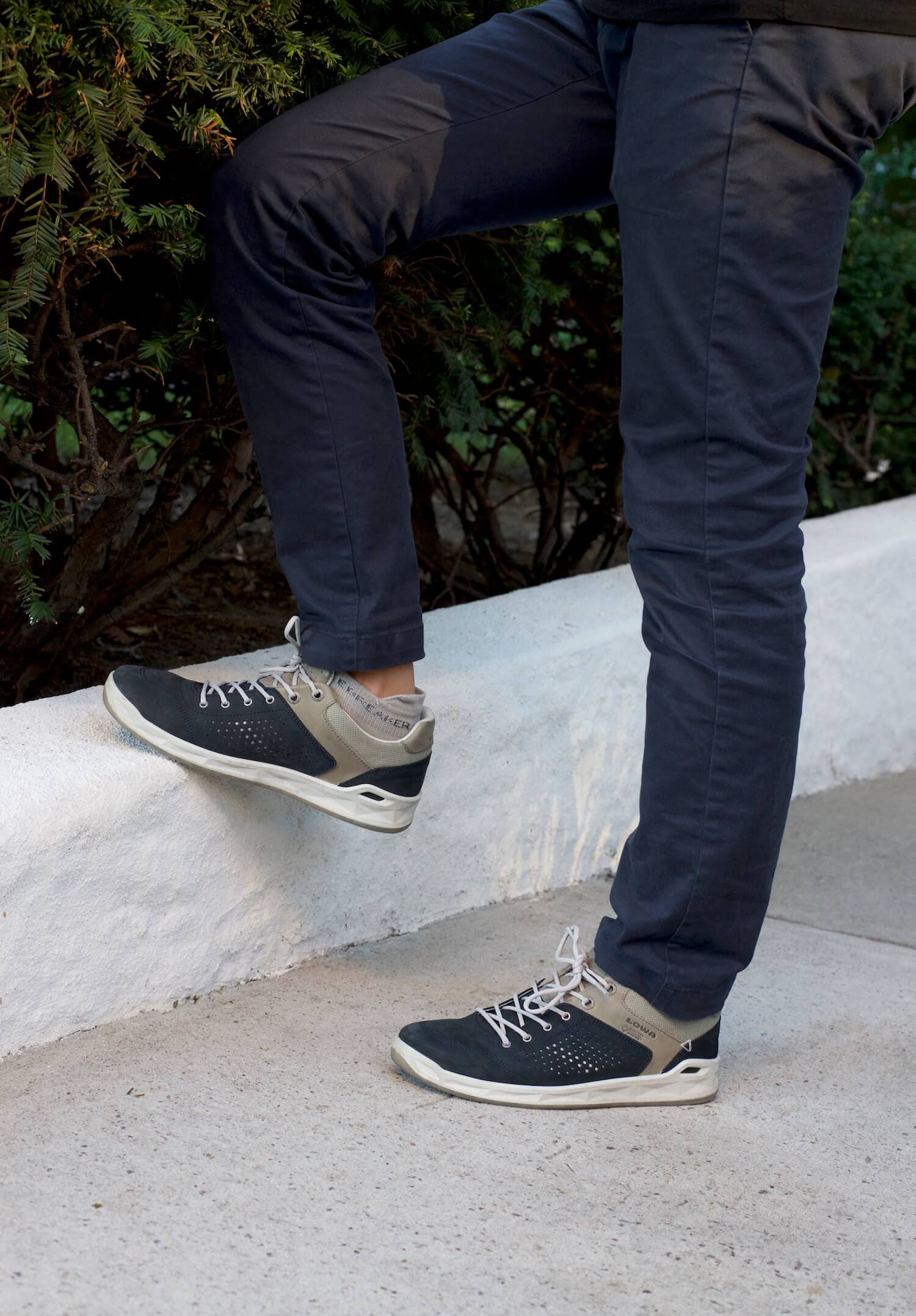 Casual and Versatile Travel Shoes
