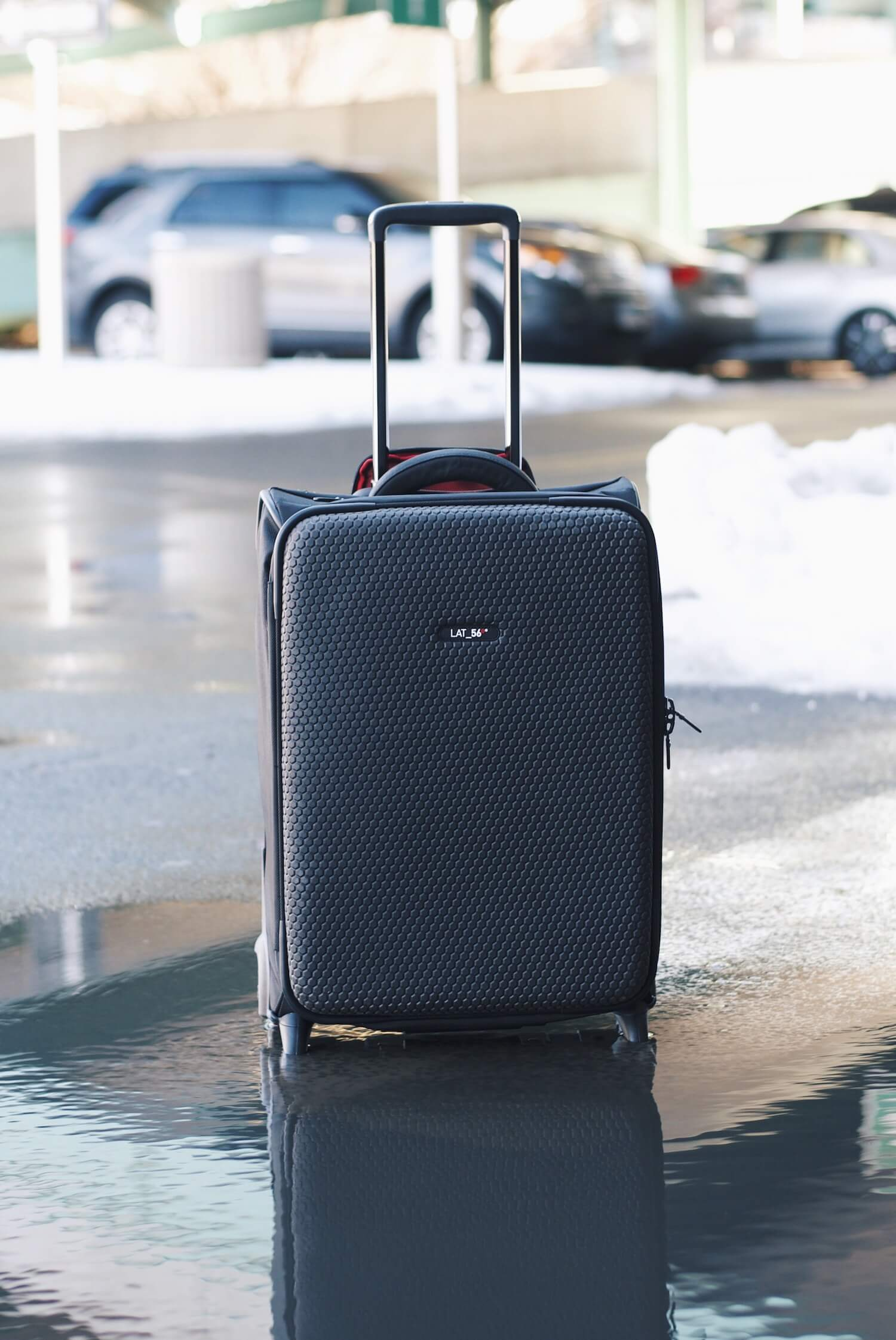 Lat_56 RW_01 Road Warrior Carry-On Garment Bag Review