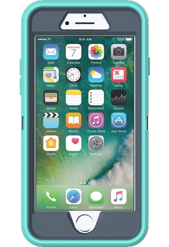 OtterBox Defender Case in the color Borealis